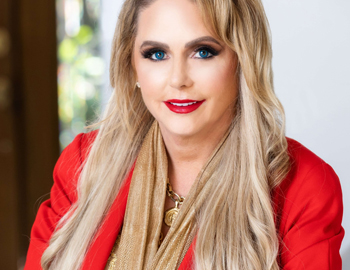 Michelle Seiler Tucker